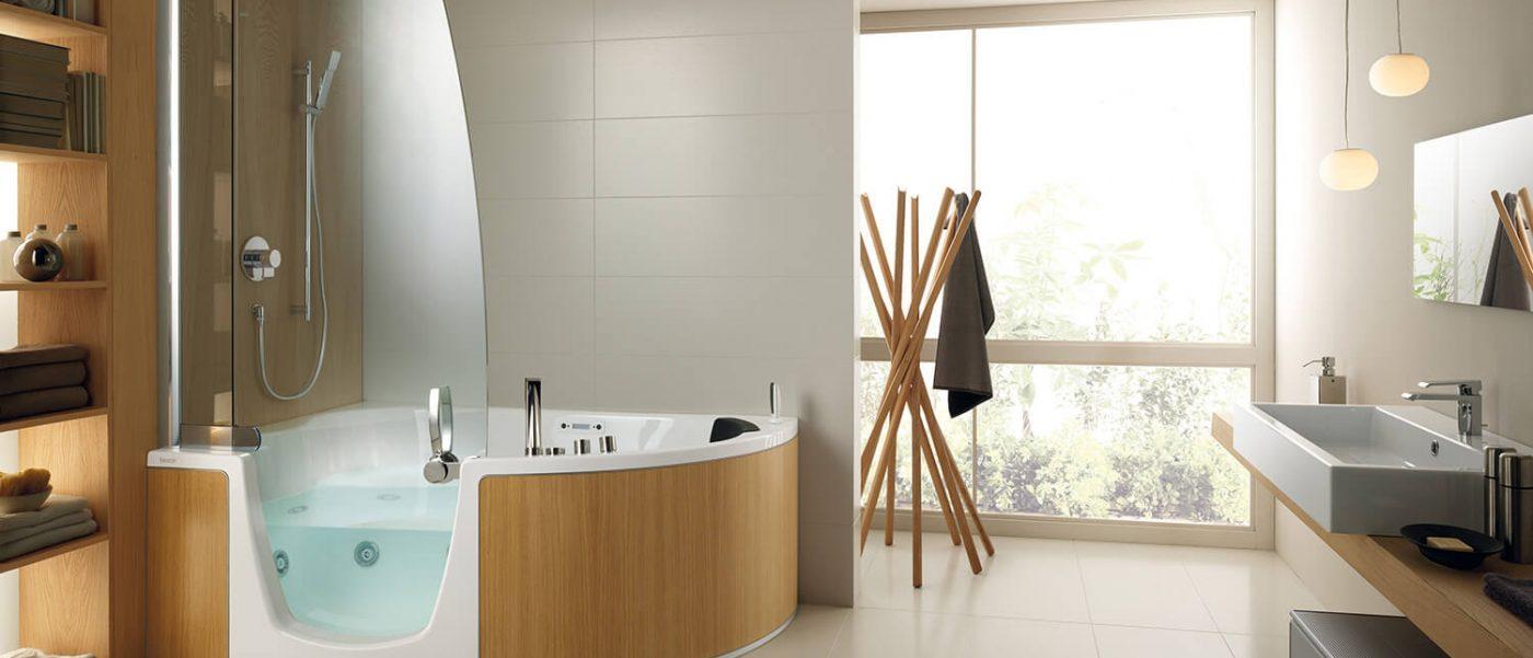 Https://iowa.cainsmobility.com/wp Content/uploads/sites/16/2015/12/iowa City Walkin  Bathtub In Luxury Bathroom